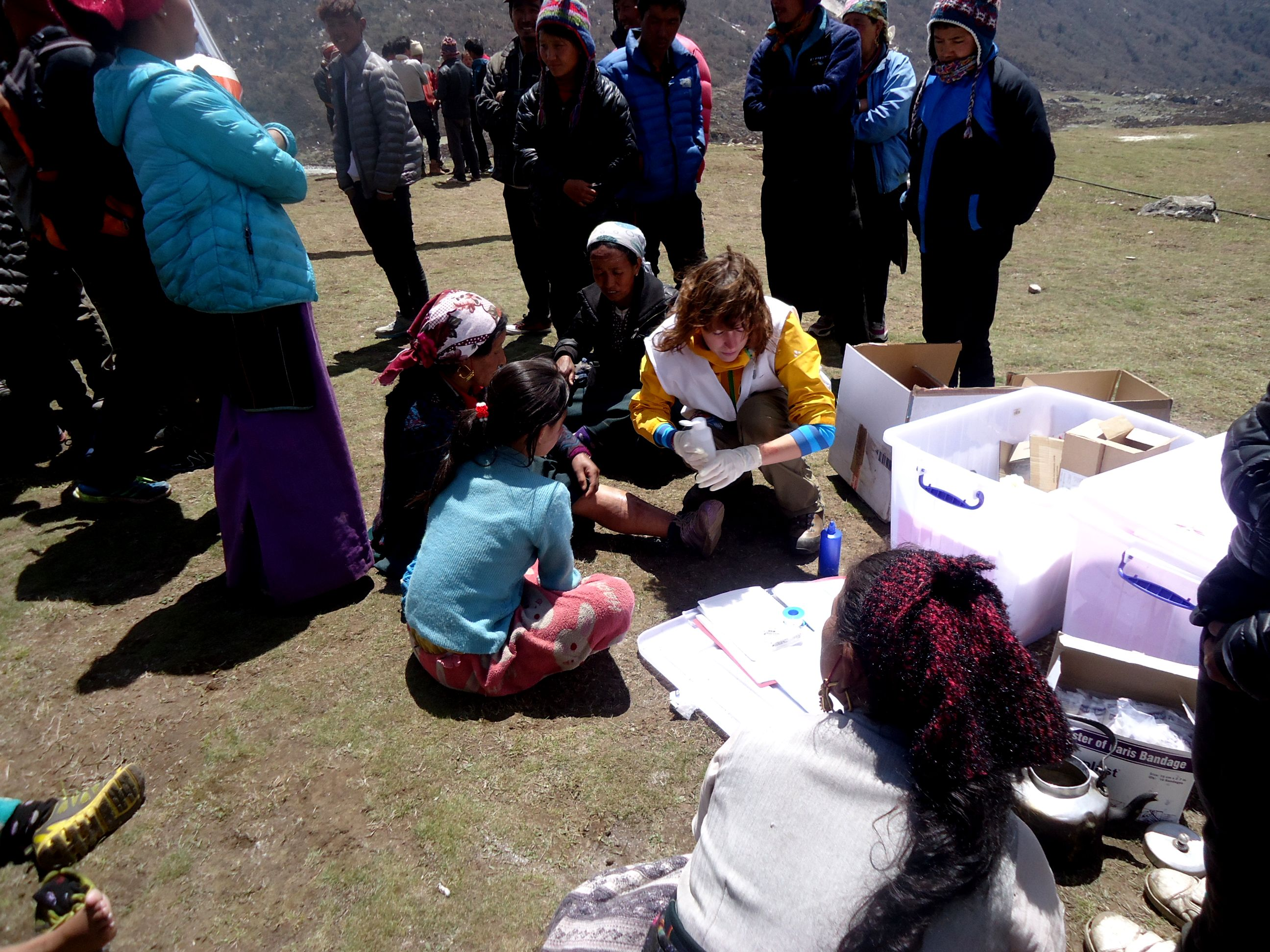 MSF nurse, Anne Kluijtmans providing medical assistance in remote regions of Nepal. Photo: MSF