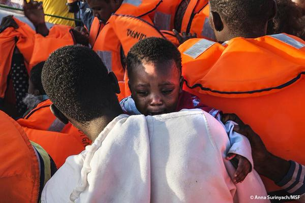 After the biggest ever day, the #MSF and #MOAS teams have rescued 1658 people.  Photo: Anna Surinyach/MSF