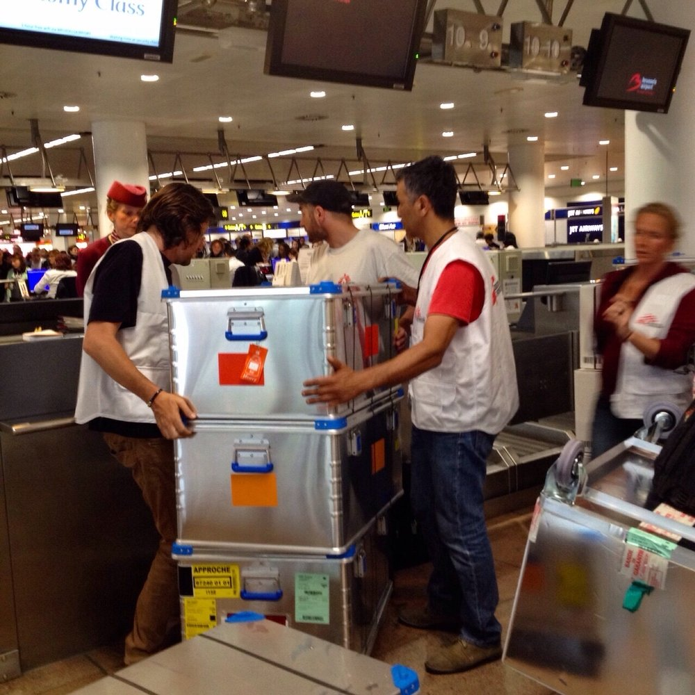 MSF teams checking in 800 kg of medical material at the Brussels airport on their way to Nepal. Photo:Joffrey Monnier