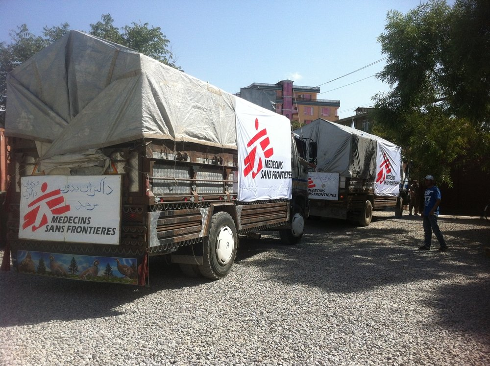 Trucks preparing to leave Kabul for Kunduz. MSF has sent urgent medical supplies and medicines by road and air to Kunduz in order to guarantee continuity of care for patients in the hospital and to prepare for any further influx of wounded. Photo: MSF
