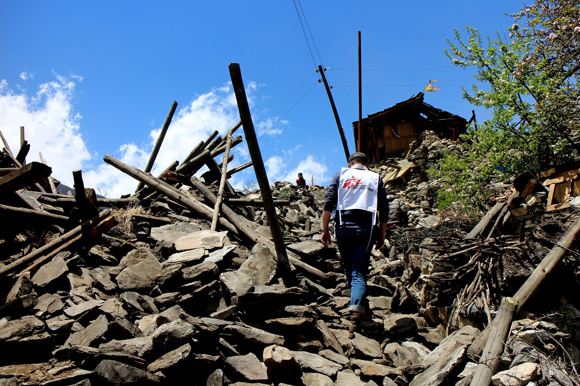 The new priority is to save lives by providing immediate aid to the most affected people, including Dolakha itself (epicentre). Photo: Corinne Baker/MSF