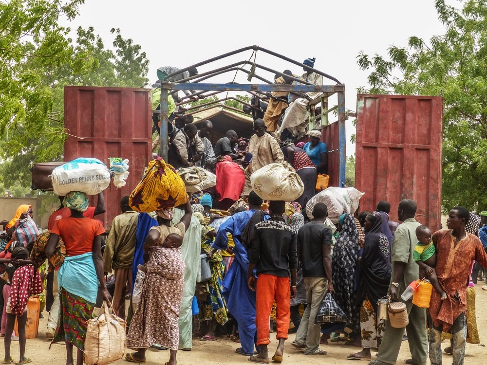 Thousands flee refugee camps in southern Niger after fleeing village in northern Nigeria