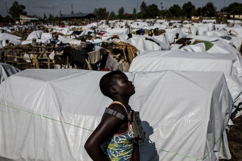 An internally displaced Congolese woman is seen in an MSF-supported IDP camp