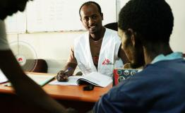 A patient getting treated for Kala Azar by MSF staff in Ethiopia
